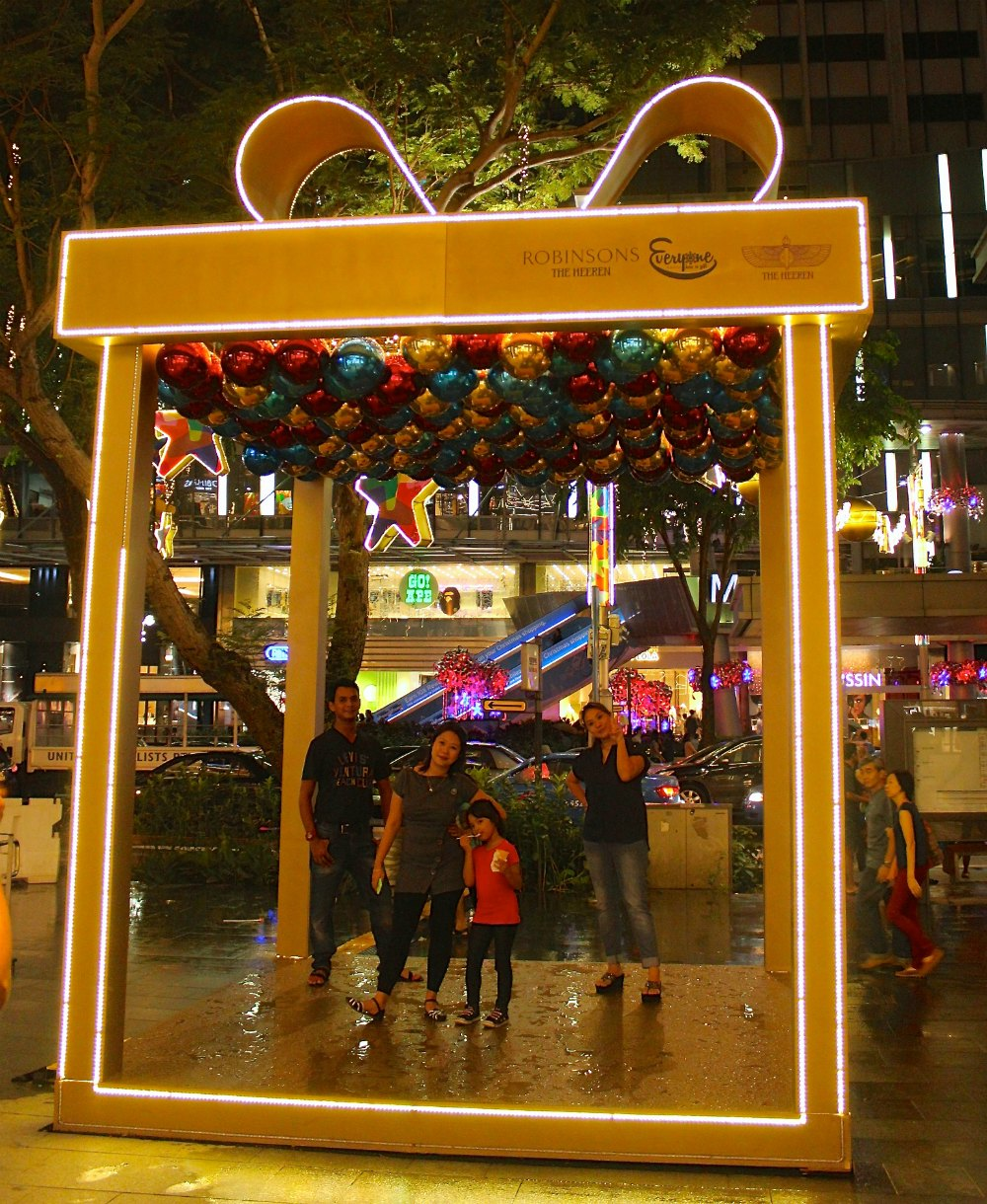 Christmas Decorations Store In Singapore: Christmas In Singapore 2014